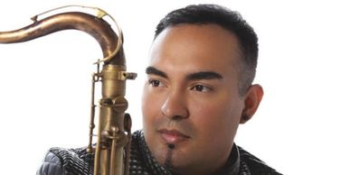 Fabian Hernandez plays Westcoast Sax Mouthpieces