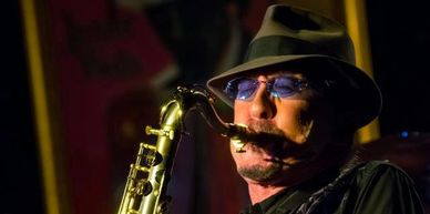Ace Barton plays Westcoast Sax Mouthpieces