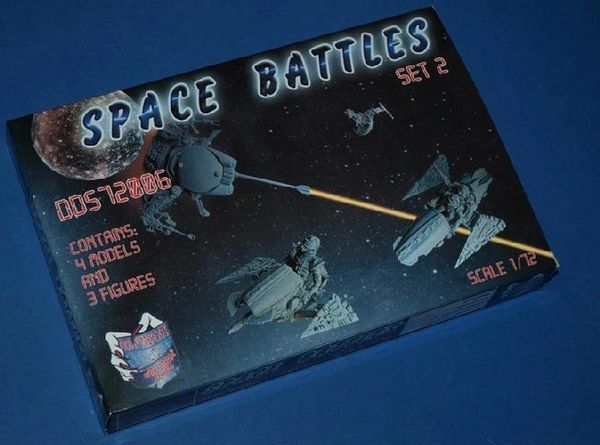 1/72 Dark Dream Studio: Space Battles Flying & Unmanned Aerial Vehicles, Light Scooter Mustang Mk1/2 w/3 Figures - Orion DDS72006