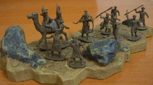 1/72 Biblical Era Arab Camel Riders & Bedouin (37 Figs, 2 Camels) - Caesar 23