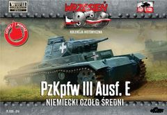 1/72 WWII Pz.Kpfw.III Ausf.E German Medium Tank - First to Fight 014