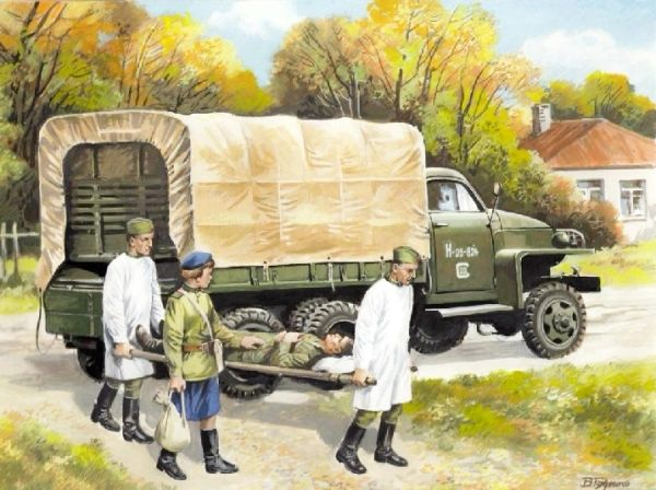 1/35 WWII Soviet Studebaker US6 Army Truck w/Medical Personnel - ICM 35513