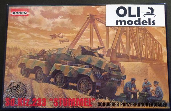1/72 Sd.Kfz. 233 STUMMEL Schwerer Panzerkanonenwagen - Roden 706