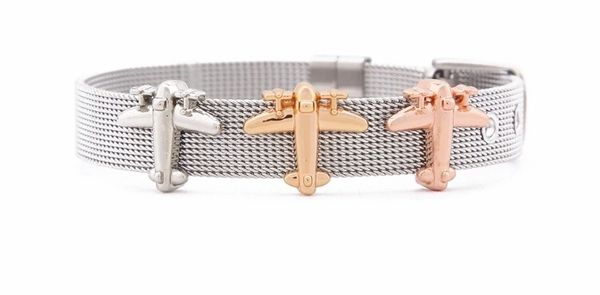 Mesh bracelet with 3 airplane charms