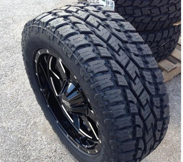 Toyo Open Country A/T II Tire - LT305/55R20 121S E/10 X