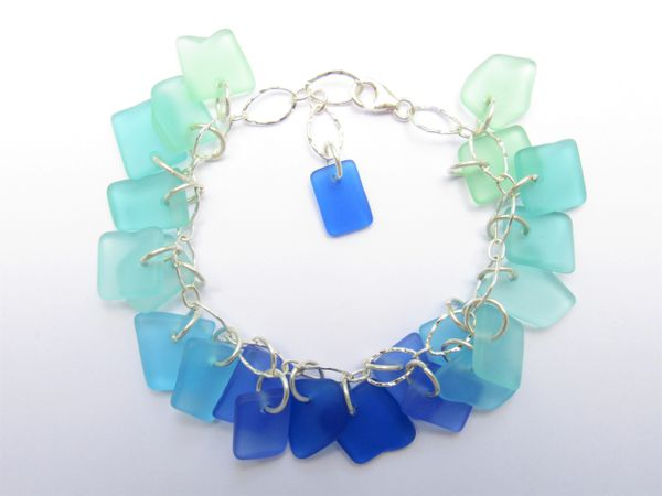 Seaglass BEACHY Bracelet Pretty Seafoam green blue Seaside colors sure to recieve compliments