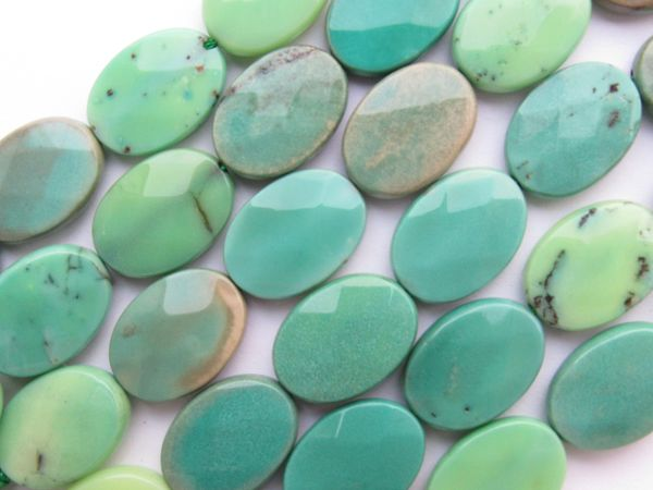 Green Chrysoprase BEADS 18x13mm Flat Faceted Oval Opaque gemstone from Australia for making jewelry