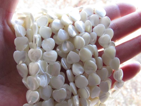 Bead Supply White TROCHUS Shell HEART BEADS 10x10mm Natural White Shell for making jewelry