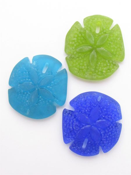 Cultured Sea Glass SAND DOLLAR PENDANTS 40x36mm Dark BLUE GREEN Assorted 3 pc bead supply cultured sea glass pendant for making jewelry