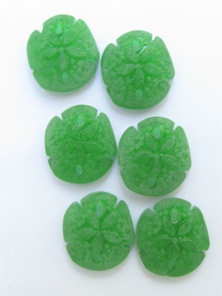 Cultured Sea Glass SAND DOLLAR PENDANTS 21x19mm SHAMROCK Green matte finish bead supply for making jewelry