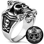 Pirate Skull & Crossbones