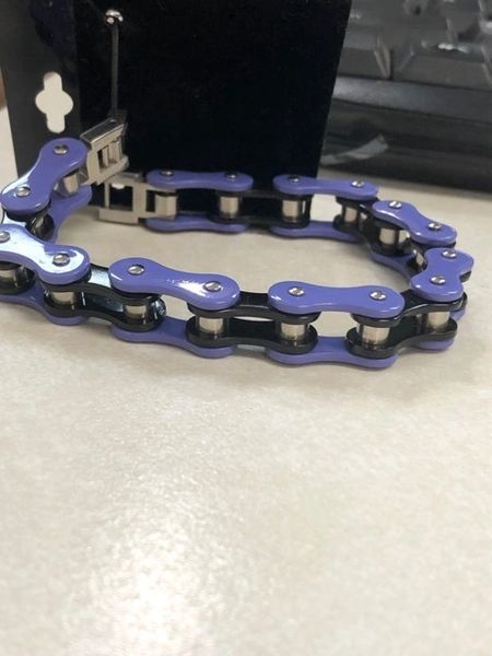 DARK PURPLE AND BLACK BIKE CHAIN