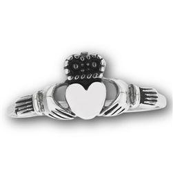 Claddaugh Ring