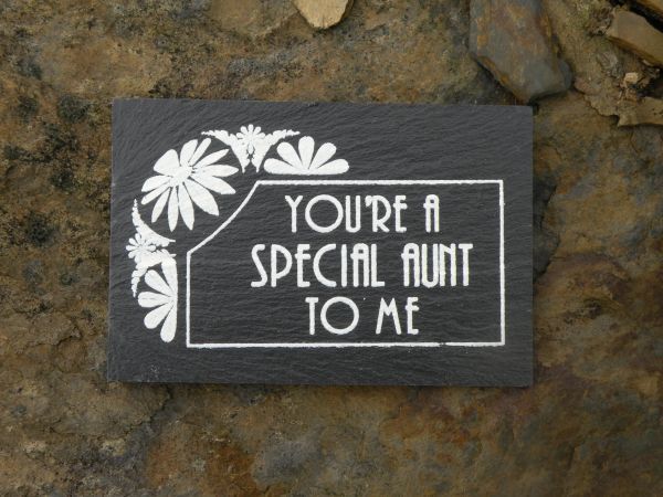 YOU'RE A SPECIAL AUNT TO ME