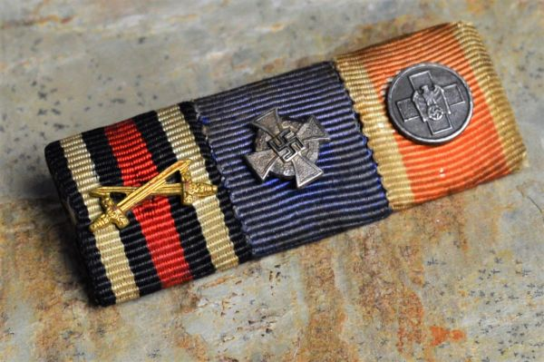 IMPERIAL/WWII 3 PLACE RIBBON BAR WITH RARE RED CROSS DEVICE