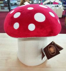 NEW 2019 Charlie Bears RED TOADSTOOL for Fables Display 29cm