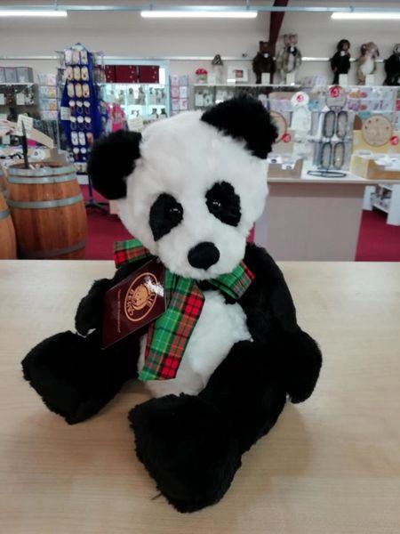 HALF PRICE! 2018 Charlie Bears BOBBLE Panda 25cm