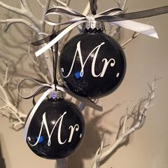 Mr & Mr Baubles (Set of 2)