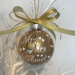 Mr and Mrs Bauble