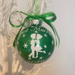 Cute Couple Just Married Bauble