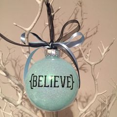 """Believe"" Christmas Bauble (Glitter)"