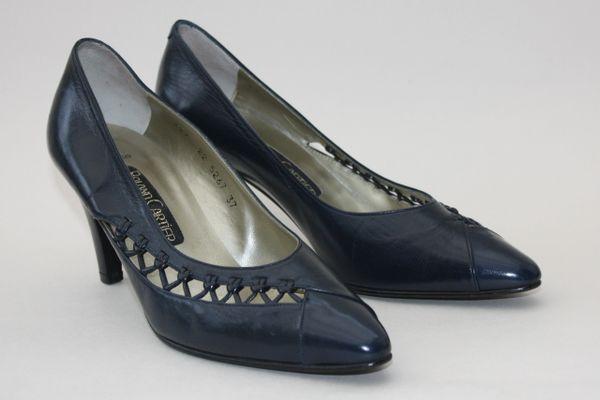 "Roland Cartier Dark Blue Leather 1980s Vintage 3"" Heel Court Shoe UK 4 EU 37"