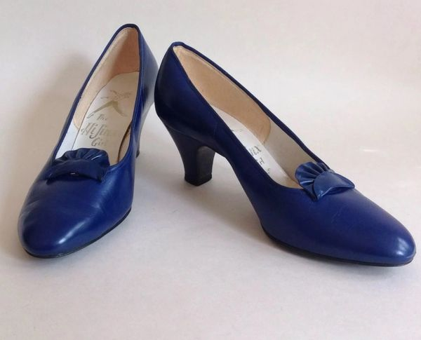 Hi Jinx Girl Vintage 1960s Royal Blue Leather Tab Front Slip On Court Shoes UK 3.5
