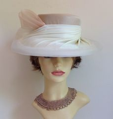 Ladies Ivory & Oatmeal Dress Hat Wedding Church Races Goodwood With Large Net Swirl