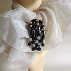 Vintage Glass Dangle Glass Cluster Beaded Brooch Pin Date Unknown Goodwood
