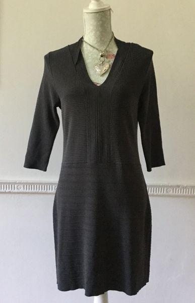 PRINCIPLES Ben De Lisi Charcoal Viscose Stretch Knit Dress V Neck Size 14 Petite