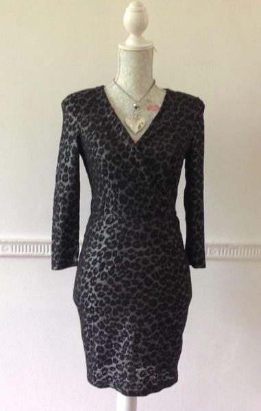 WAREHOUSE Black & Silver Stretch Body Con Mini Dress V Neck 3/4 Sleeves Size 8