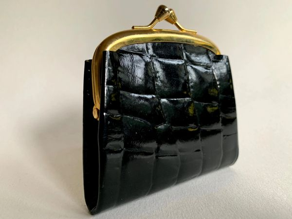 Small Vintage Inspired Black Synthetic Moc Croc Leather Coin Purse
