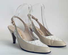 Salvatore Ferragamo Vintage 1980s Beige And White Leather Almond Toe Court Shoe Size UK 4.5AA, US 7.5, EU 37.5