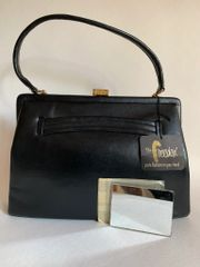 Freedex Black 1960s Leather Vintage Handbag Fabric Lining Tag And Vanity Mirror