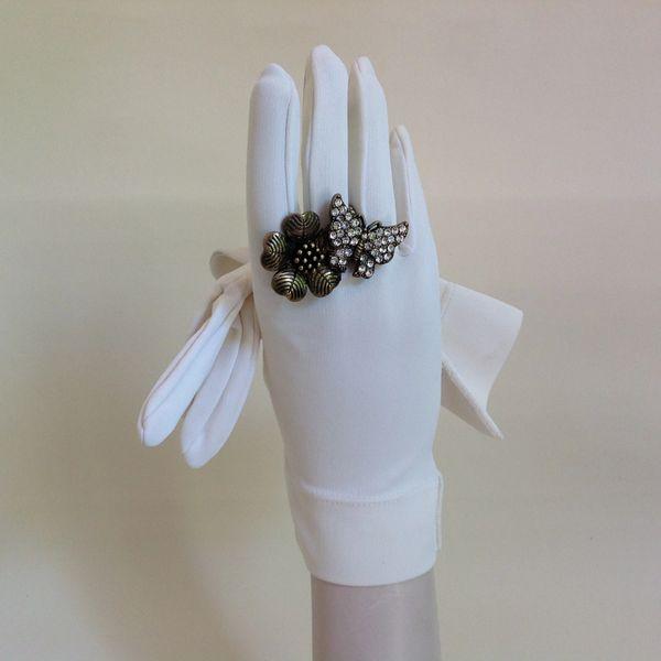 Vintage Gloves 1960s Nylon White Dress Wedding Church Bridal Evening Size 6.5