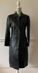 Fiorelli Ladies Black Below Knee LeatherSingle Breasted Steampunk Goth Style Coat Size 10
