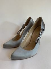 "Hobbs Silver Satin Almond Toe Court Shoe With Side Bow Detail Slim 4.25"" Heel Size UK 4.5 EU 37.5"