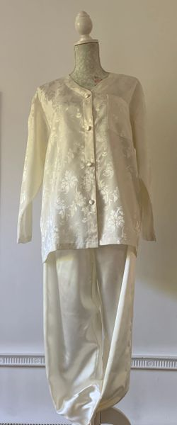 Vintage 1950s Style Ivory Polyester Satin Loose Fit Pyjamas Size M 12/14
