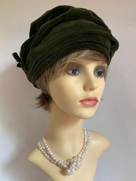 WOOLSAND Vintage 1960S Dark Olive Velvet Turban Hat 21 Inches Lined Wired Bow