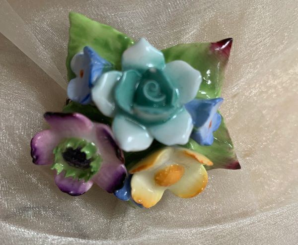 Vintage Bone China Ceramic Pastel Floral Posy Pin Brooch.