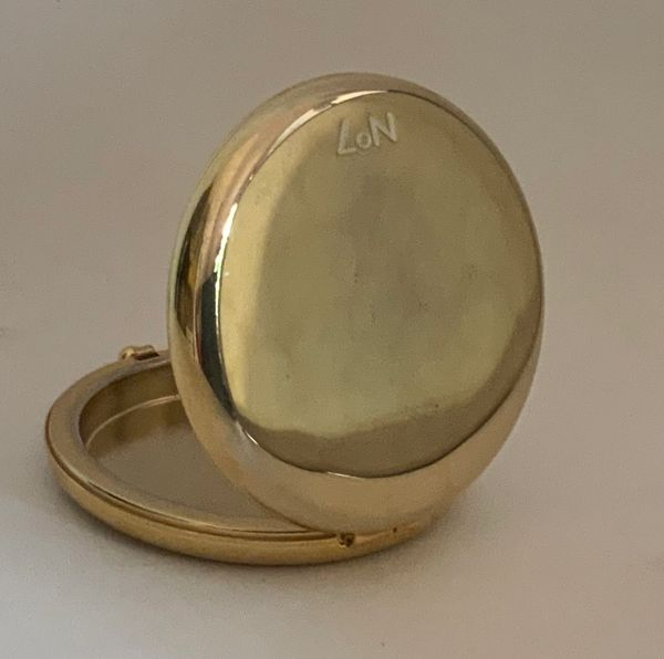 Boots No 7 Gold Toned Empty Powder Compact Date Unknown