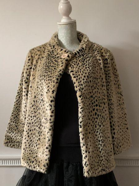 Wit And Wisdom Snow Leopard Print Faux Fur Hip Length Short Coat Size 14.