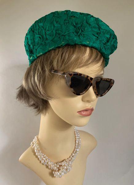 Vintage 1960s High Side Pillbox Hat Emerald Green Overlap Binding Ribbon Fabric Unlined