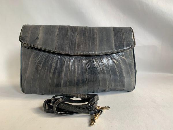 Vintage 1980s Grey Eel Skin Clutch Shoulder Bag With Strap & Grey Suede Lining.