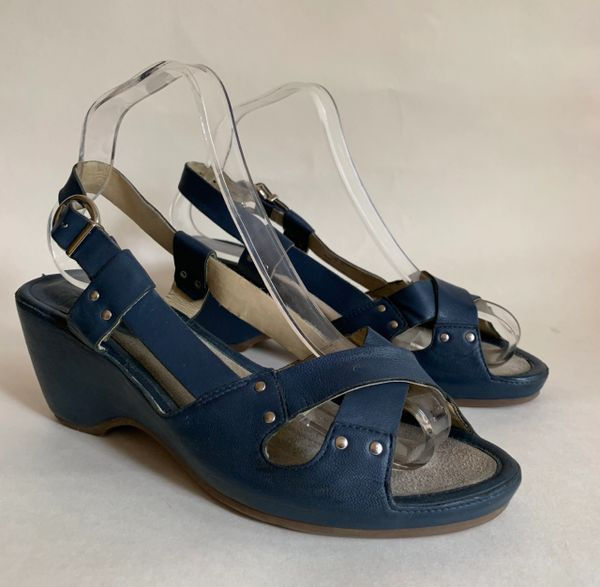 "Clarks Blue Leather 1970s Vintage 1930s Style Cross Front Sandals 2.75"" Heel Size 6"