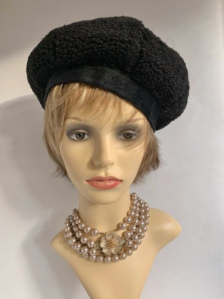 Black 1960s Inspired French Style Soft Polyester Bouclé Knit Beret Fully Lined