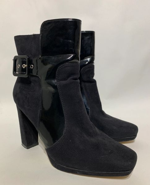 Bata Black Faux Suede Patent Steampunk 4 Inch Block Heel Boot Bootie Shoe Size UK 6 US 8