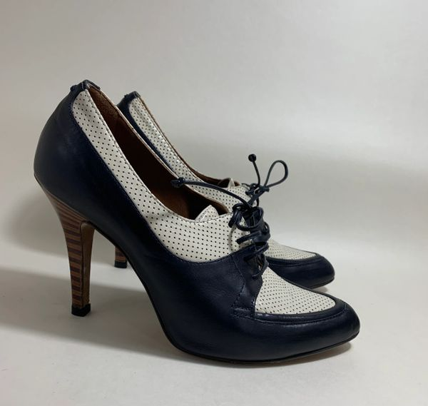 Hobbs Blue And White Leather Derby Style Lace Up Stiletto Heel Shoes Size UK 3.5. EU 36.5