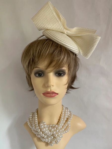 Marks And Spencer Ivory Large Bow Designed Fascinator On Headband.