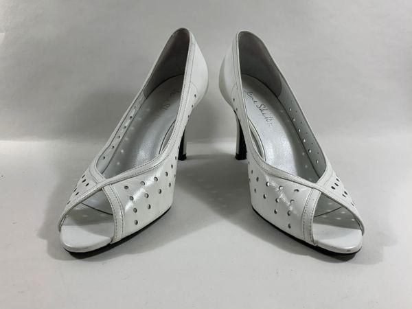 Jane Shilton Vintage 1980s Court Shoe White Leather Peeptoe. Stiletto UK 4 EU 37
